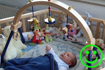baby im 1 lebensjahr die besten tipps und geschenke kids easy. Black Bedroom Furniture Sets. Home Design Ideas